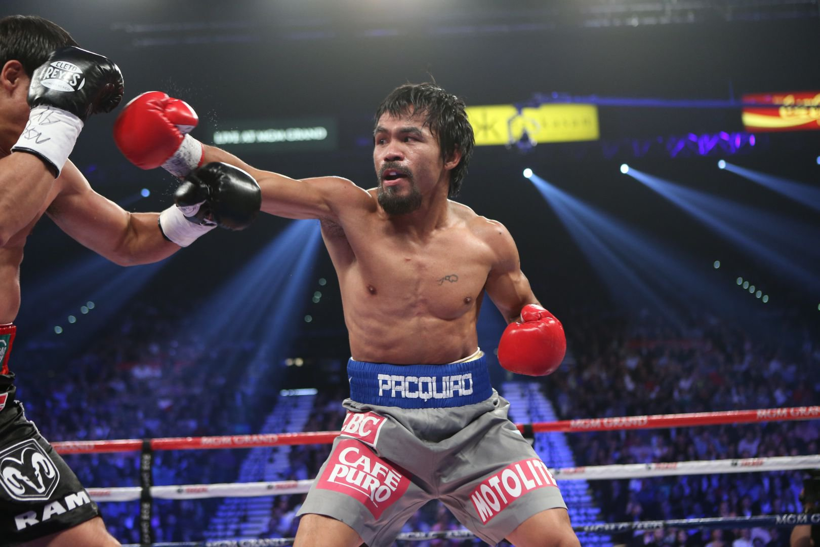 Pacquiao_-_Action_1.JPG
